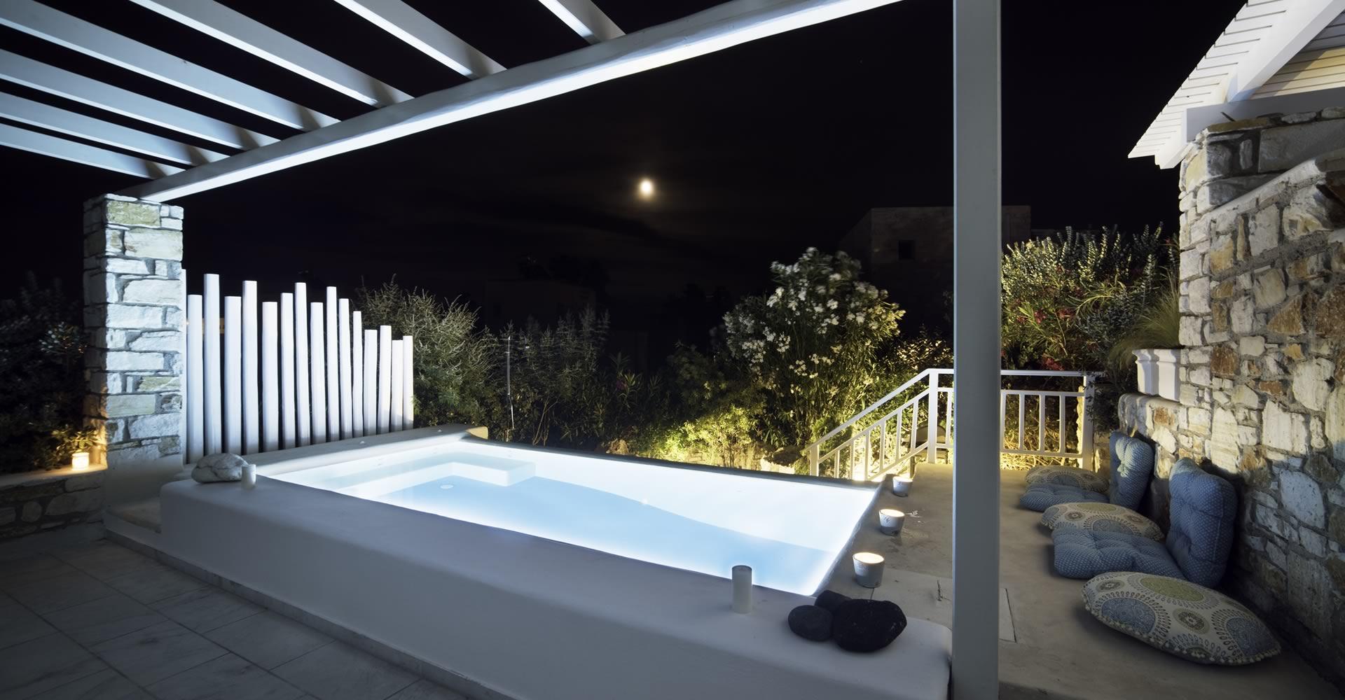Eco pool night view Villa Nausithoe II